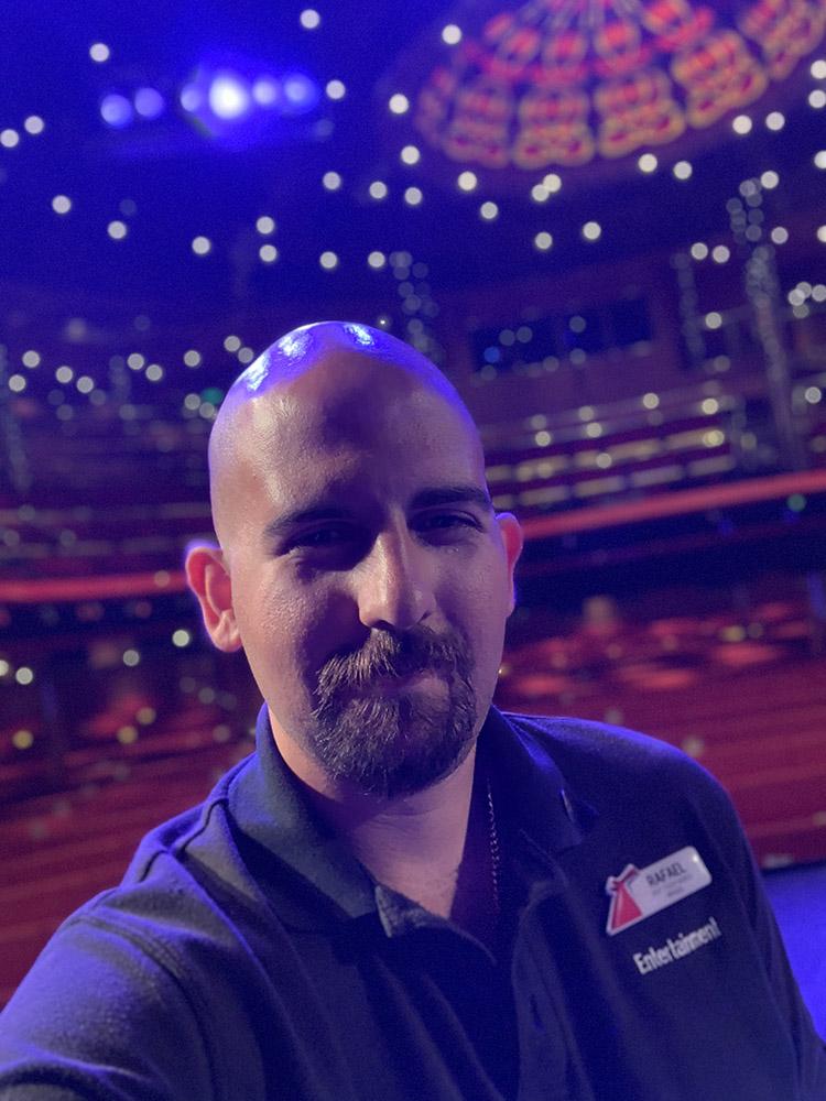Rafael Escovedo, the author of SHIPLIFE